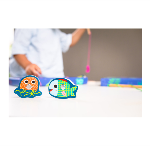 Djeco Magnetic Colourful Fishing